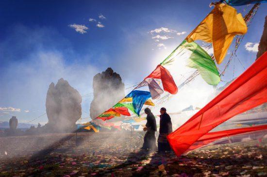 Люди на просторах Тибета