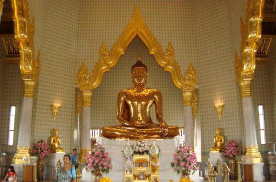 Статуя в Тайланде