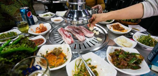 мясо на огне