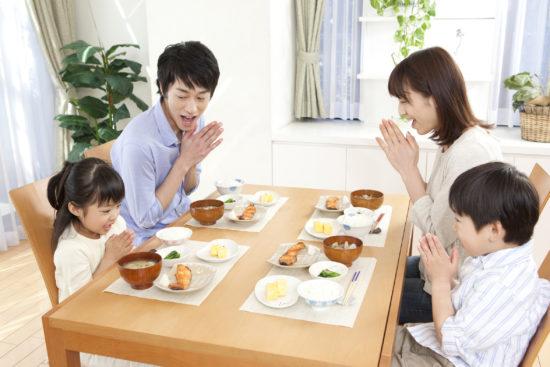 принятие пищи в Японии