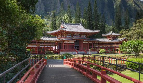 Храм и сад