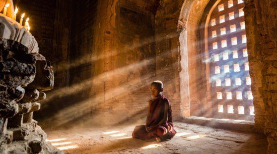 мальчик монах