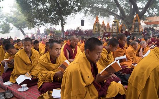 обучение в монастыре
