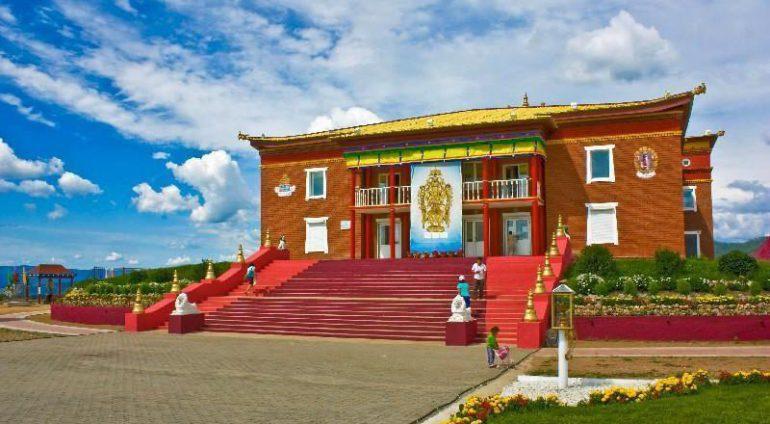 Буддийский монастырь в Бурятии