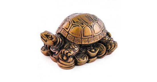металлическая статуэтка черепахи