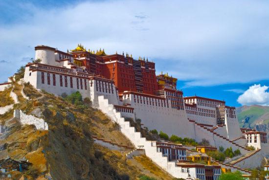 дворец в Тибете