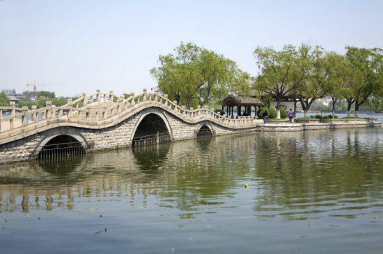 озера в Цзинань