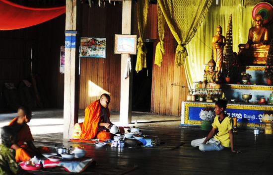камбоджийский монастырь