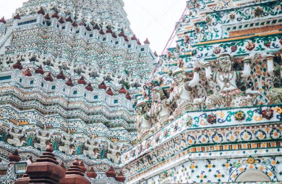 Барельефы на храме