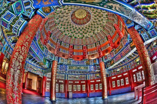 Внутри храма Неба