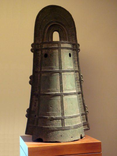 древний японский колокол