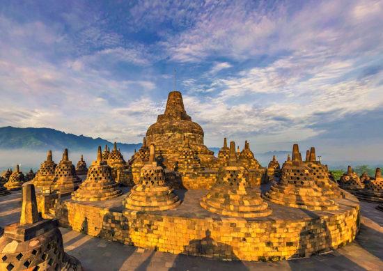 Индонезийский храм