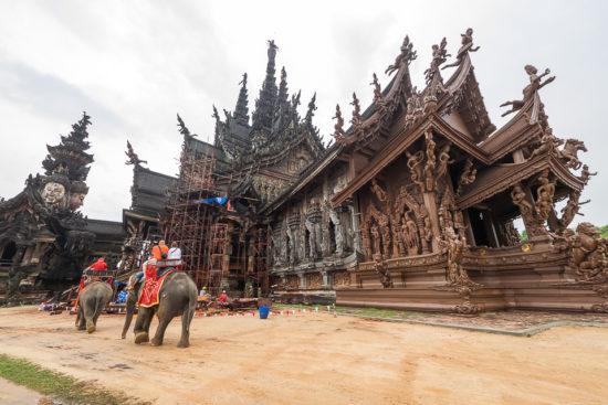 экскурсии вокруг храма