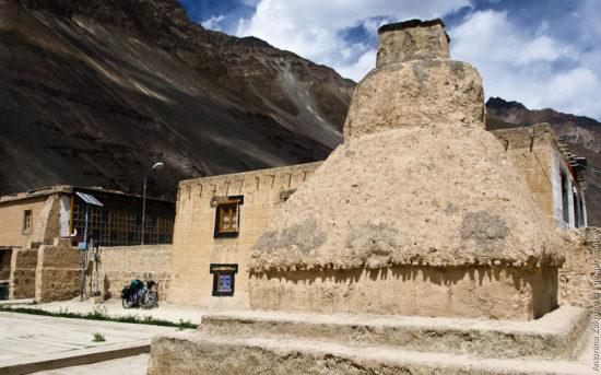 Монастырь Табо