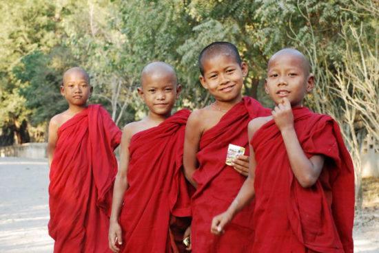 Дети буддисты