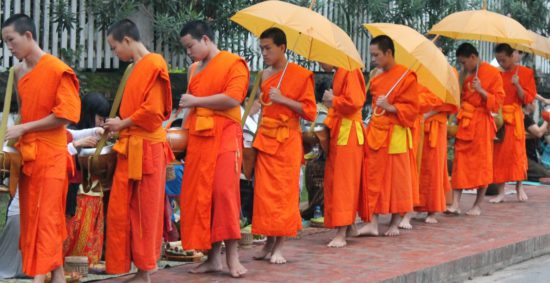 монахи Тайланда