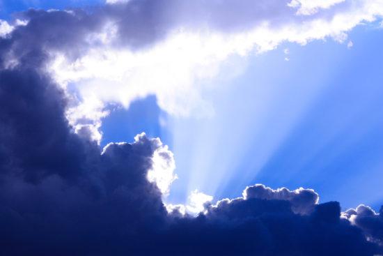 Небо, солнце, тучи