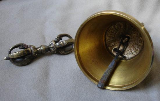 ваджра и колокольчик
