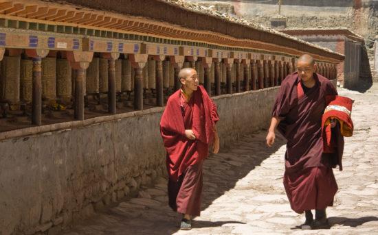 буддисты в Тибете