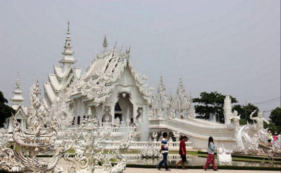 буддийский храм в Чианг Рае