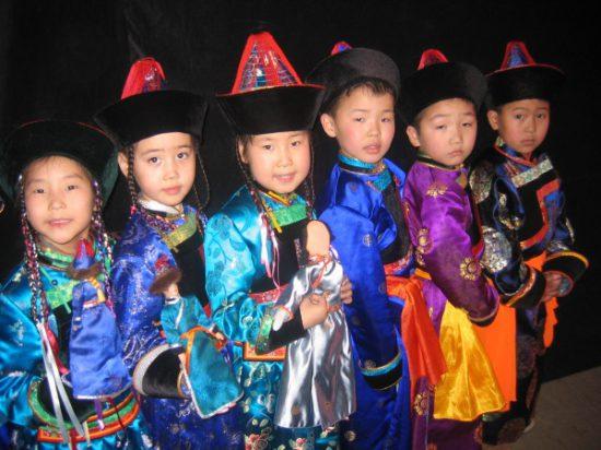 национальные костюмы ойратов