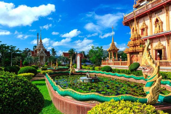 буддийский храм в Пхукете