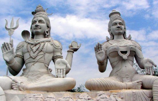 статуи йога