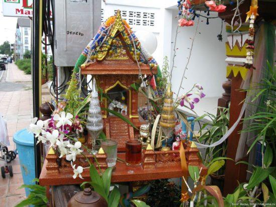 Тайские домики для духов