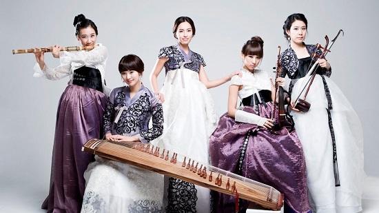 народный корейский ансамбль