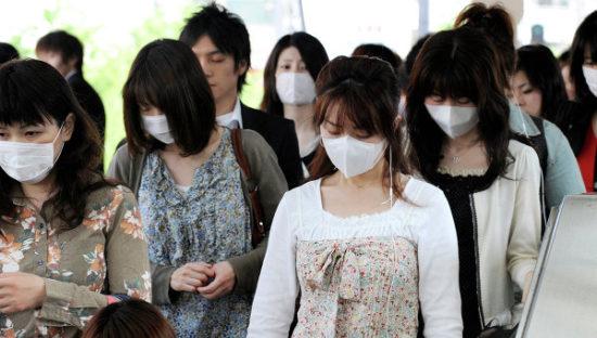 японцы в масках