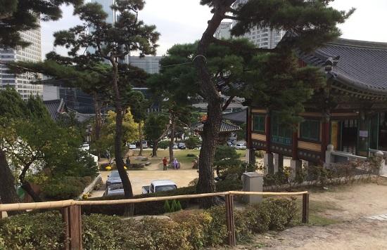 храм и парк