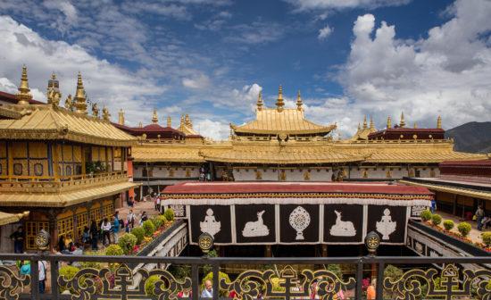 Монастырь Джоканг в Лхасе