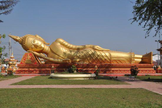 статуя буддийская