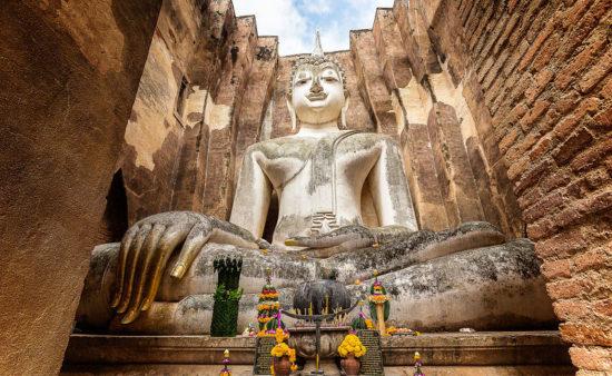 статуя Будды в Сукхотайе