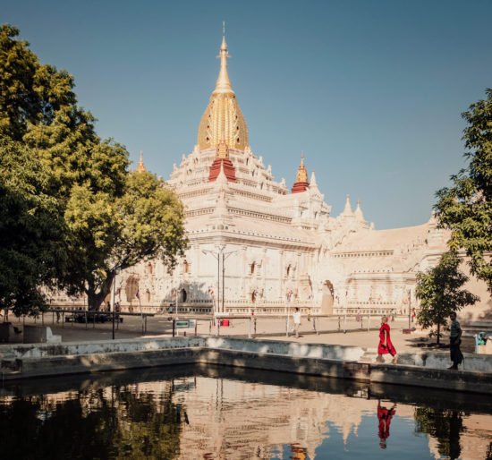 Пруд на территории храма