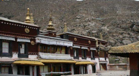 Пещерные храмы в Индии