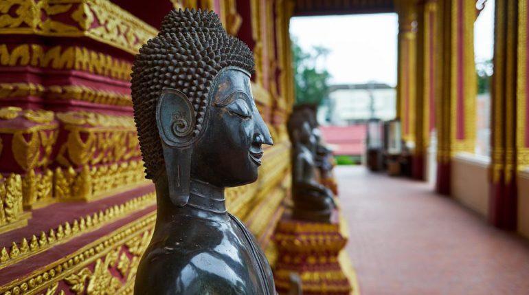 буддийская статуя