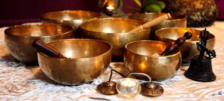 чаши и колокольчик тибетские